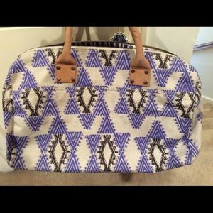 💥💕🎁John Robshaw Aztec Purple Overnight Bag